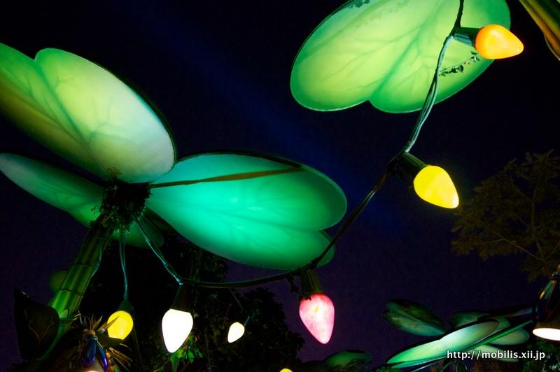 バグズランドの照明