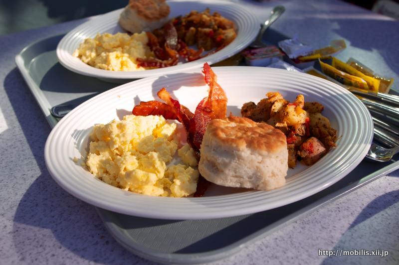 Flo's V8 Cafeの朝ご飯