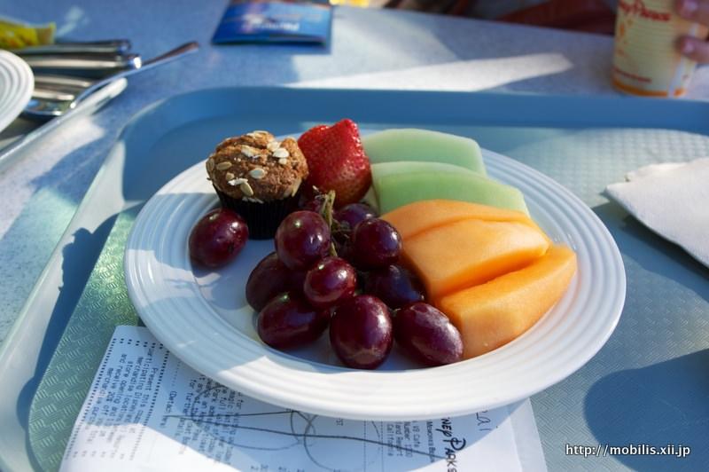 朝ご飯のフルーツ