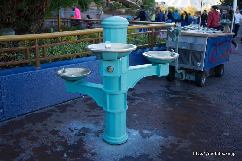 トゥモローランドの水飲み場