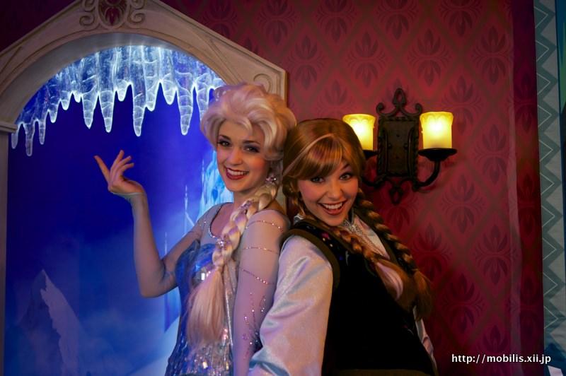 アナとエルサのグリーティング!